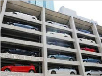 """成都最大停车楼9月投用 屋顶修了3个""""足球场"""""""