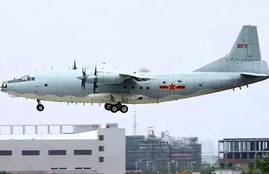 ③海上巡逻机梯队——运-8型特种飞机和