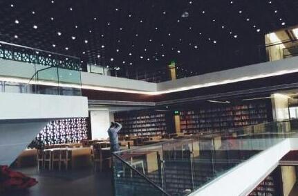 来看四川省图书馆新馆图片