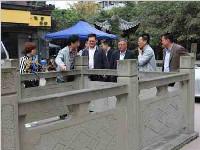 宋志斌同志到肖家河街道联谊社区践行群众路线