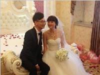 21岁大学生娶了5旬的同学老妈?这是一条假新闻!