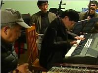 记者探访幸运分分彩盲人乐队 六旬老人按摩店支撑乐队开支
