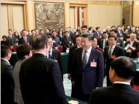 习近平到上海代表团参加审议