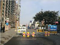 交警支招!紫荆西路封闭施工 出城上成雅首选这条路