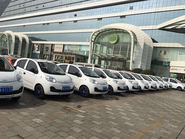 平台扎堆 成都分时租赁共享汽车市场争夺战大幕拉开