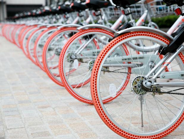 偷骑共享单车 成都一8岁男童摔成肝破裂