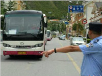 震区国省干线公路已全部抢通!社会车辆尽量不要前往