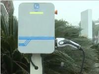 推广新能源汽车使用  手机APP帮你找充电桩