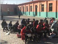 山东一中学为勤俭教学  不开暖气冻坏孩子