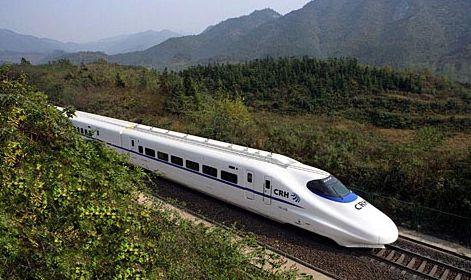 成贵高铁今天全线首次铺轨 明年起到贵阳只要3小时