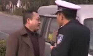 谭警官是李白和杜甫的传人