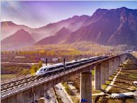 清明小长假运输方案出炉 渝贵铁路、西成高铁受热捧