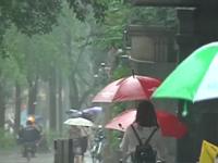 @来川游客 因近期暴雨 全川64个景点暂时关闭
