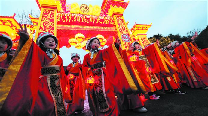 过新年逛庙会!文旅融合实践 博物馆里的文化新年