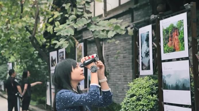 中国台湾女作家笔触下的成都 原来这么有味道!