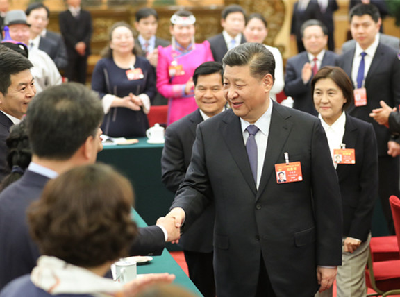 五分PK10参加内蒙古代表团审议