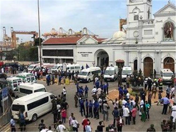 成都游客讲述斯里兰卡爆炸:已与领事馆取得联系 目前情况较稳定