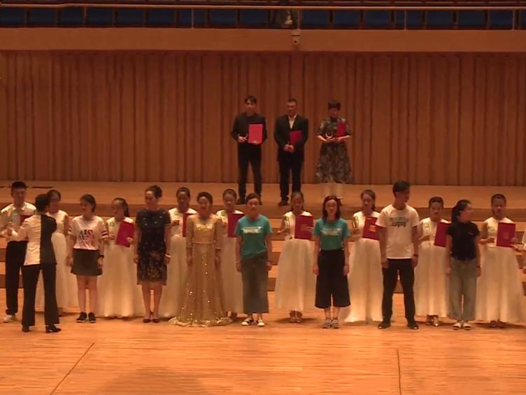 第十届中国魅力校园合唱节落幕 成大合唱团斩获一等奖