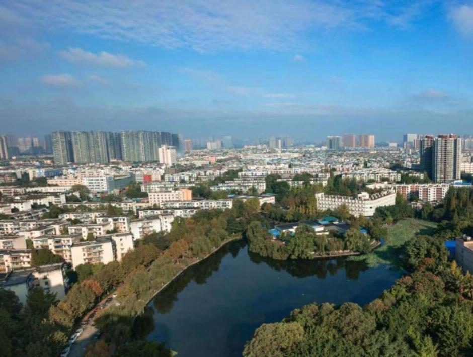 18省份公布上半年GDP:津渝破万亿
