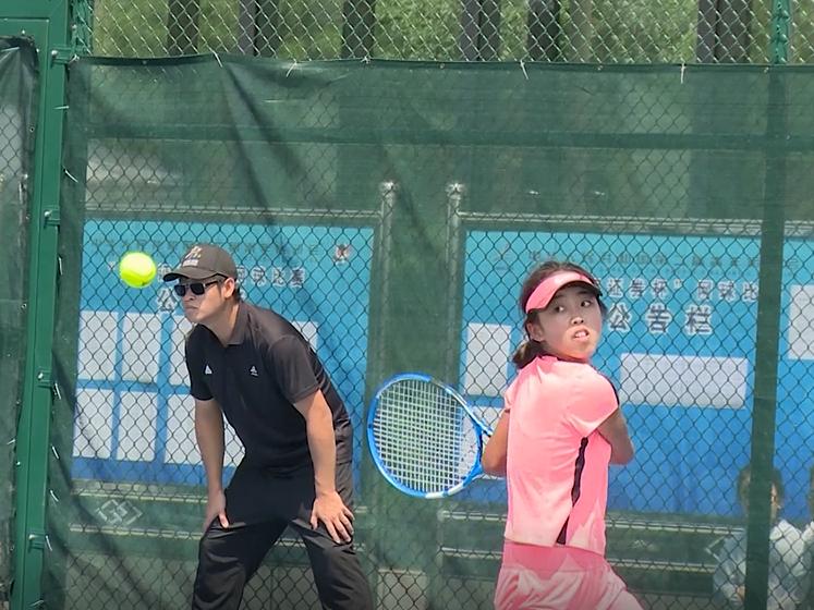 二青会网球项目开打 成都选手准备充足