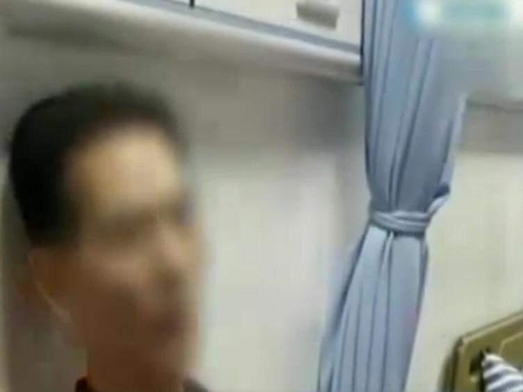 南昌一男子因连飙10首高音唱爆肺