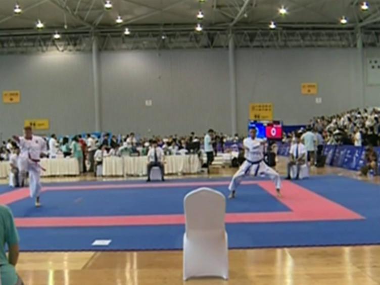 世警会上的空手道和巴西柔术比赛 见证武术的巅峰之战