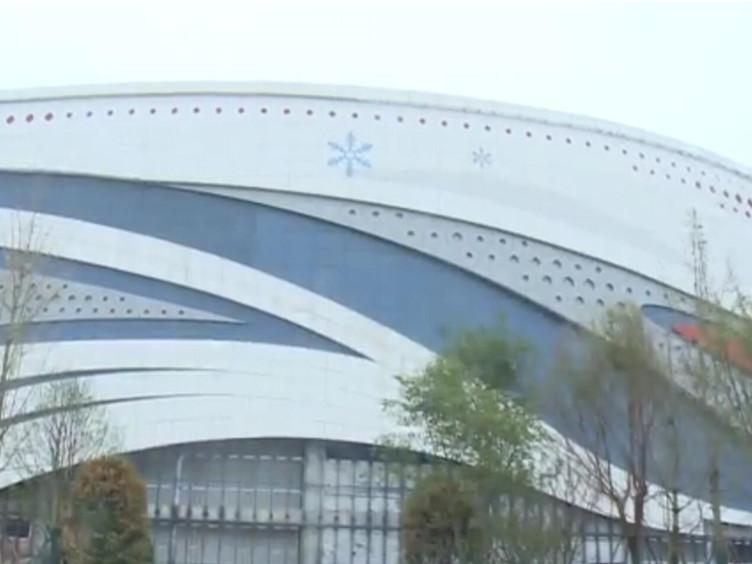 @冰雪爱好者 成都建全球最大室内冰雪乐园 明年落成