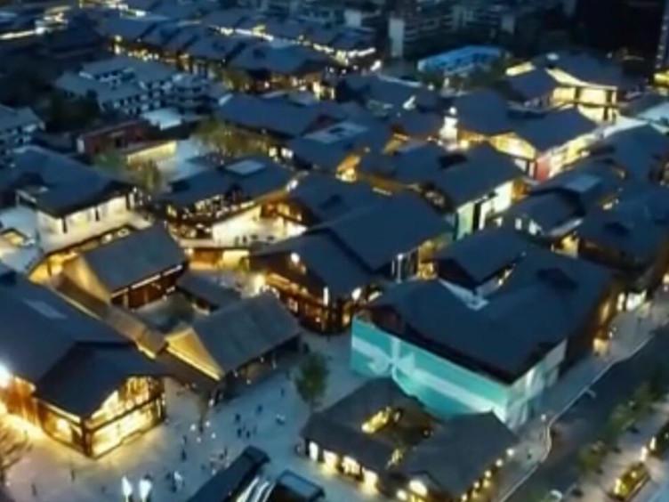 """十种场景百个点位促进消费升级 蓉城""""夜经济""""将更具魅力"""