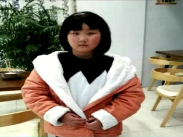 重庆:马大哈父母服务区丢娃 开上高速才发觉