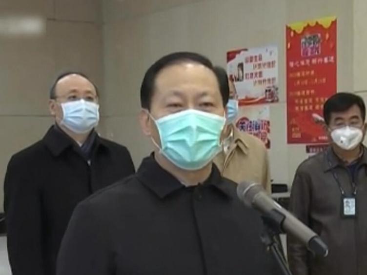 四川省第二批援助湖北医疗队150名队员启程出征