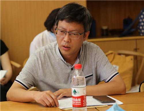 成都市洞子口职业高级中学副校长薛斌.JPG