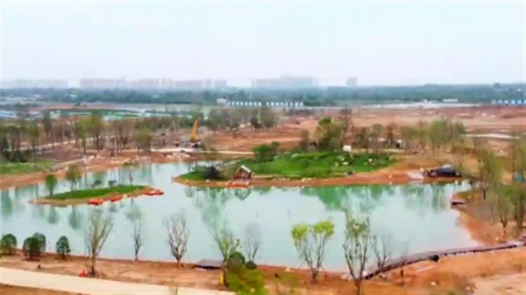 """东安湖公园提前20天蓄水!大运会""""网红打卡地""""明年3月呈现"""