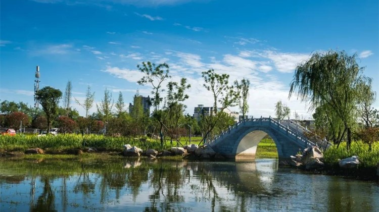 不止是小桥流水 彭州又添一座美得冒泡的<font color=red>公园</font>