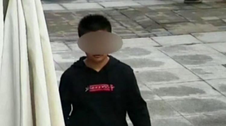 """成都13岁男孩离家出走 共享单车""""锁定""""男孩踪迹"""