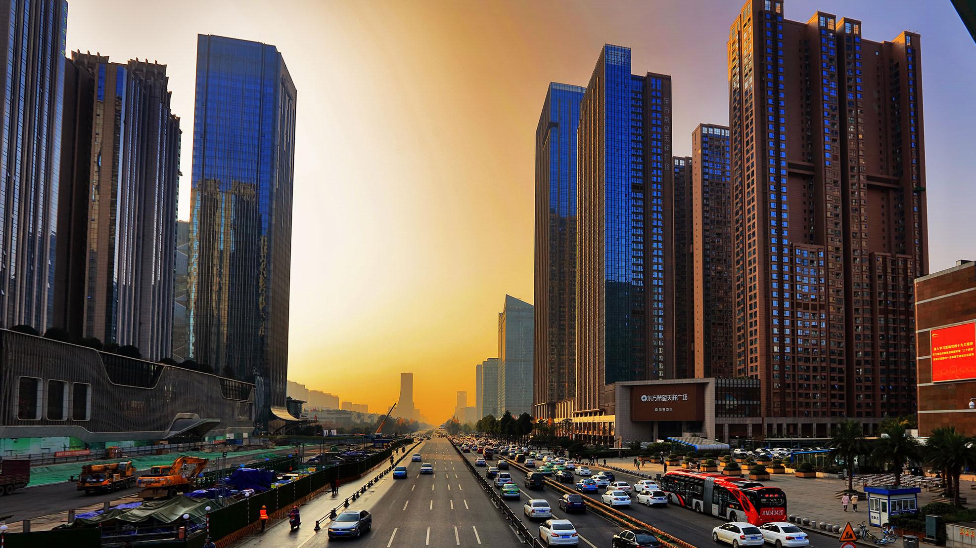 成都智慧城市建设下一步如何行动 市政府常务会议进行了审议