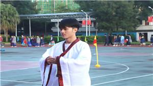 """两百多名学生着汉服玩集体""""穿越"""",西雅美途汉语节完美闭幕!"""