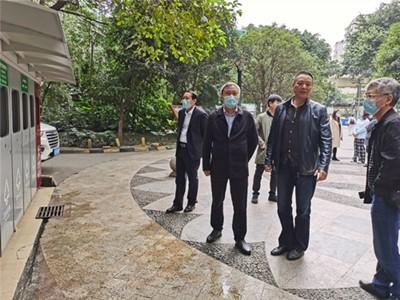 铜陵市城管执法局局长黄捍东一行到高新区肖家河街道永丰社区国际花园参访垃圾分类工作