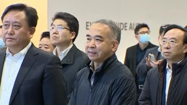 范锐平率队在上海考察科技创新中心建设