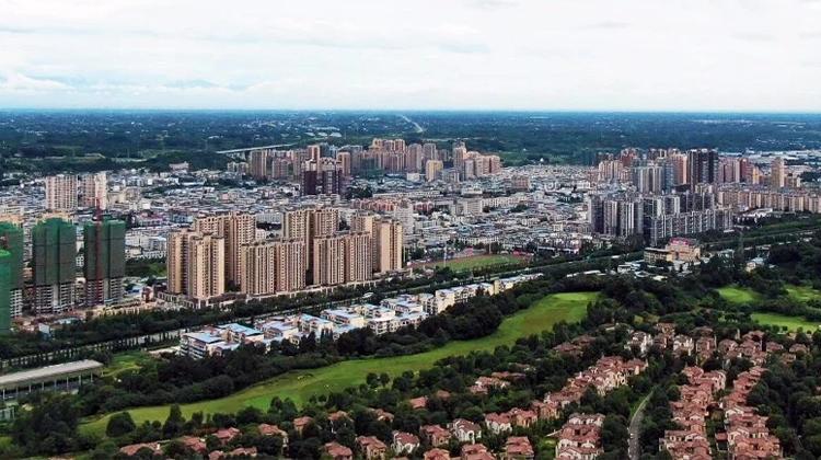 蒲江县委书记刘刚:提升蒲江区位势能 优化城市功能布局