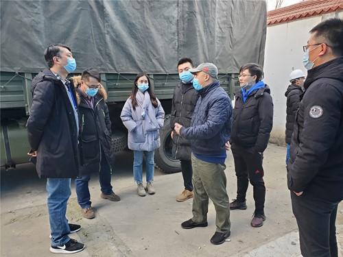 成都高新区经济运行局一行到肖家河街道兴蓉社区指导一环路风貌改造工作