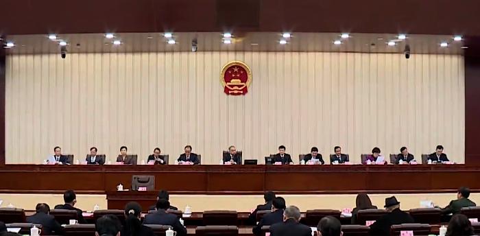 市十七届人大五次会议主席团举行第三次会议
