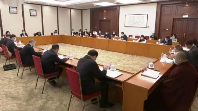 四川代表团举行分组会议 曹建明王东明彭清华黄强参加审议并发言