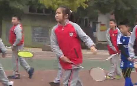 约会青春丨羡慕吗?小学生也能练习专业羽毛球!