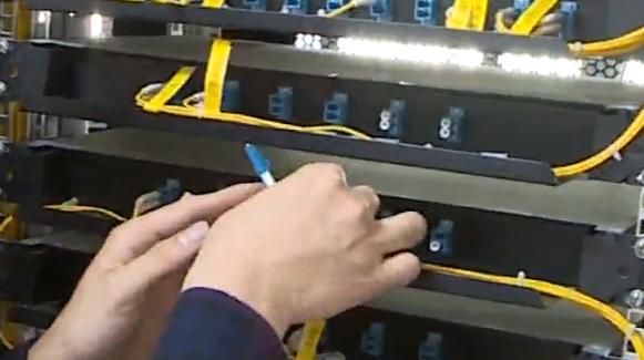 五一不放假 保障省体育馆电信设备按时完工