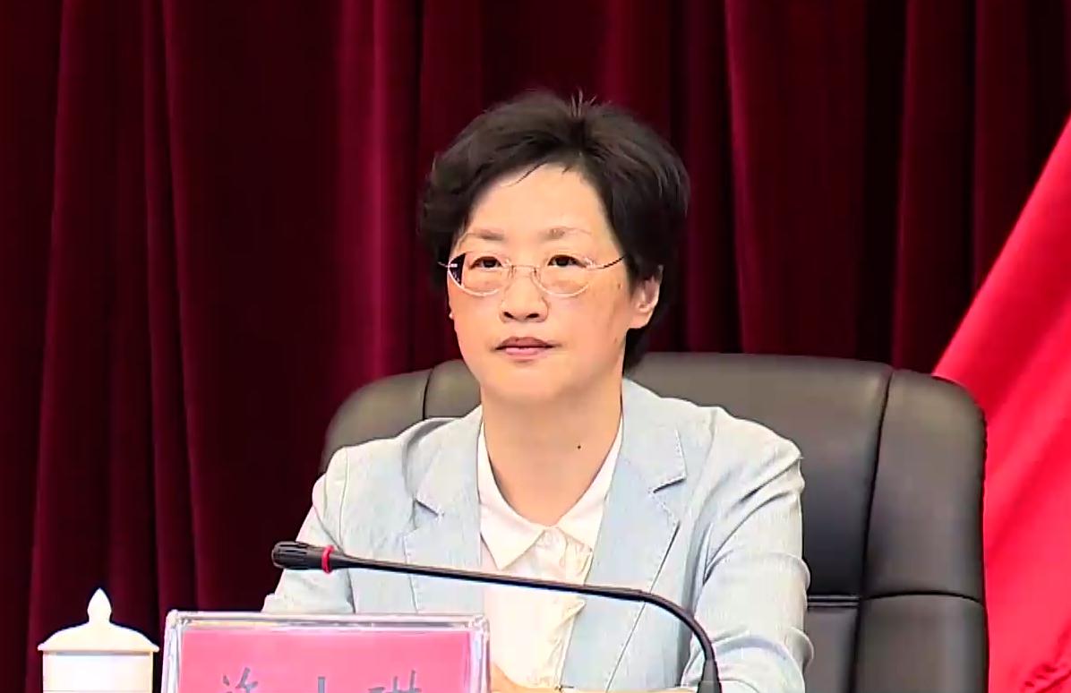 施小琳兼任成都警备区党委第一书记