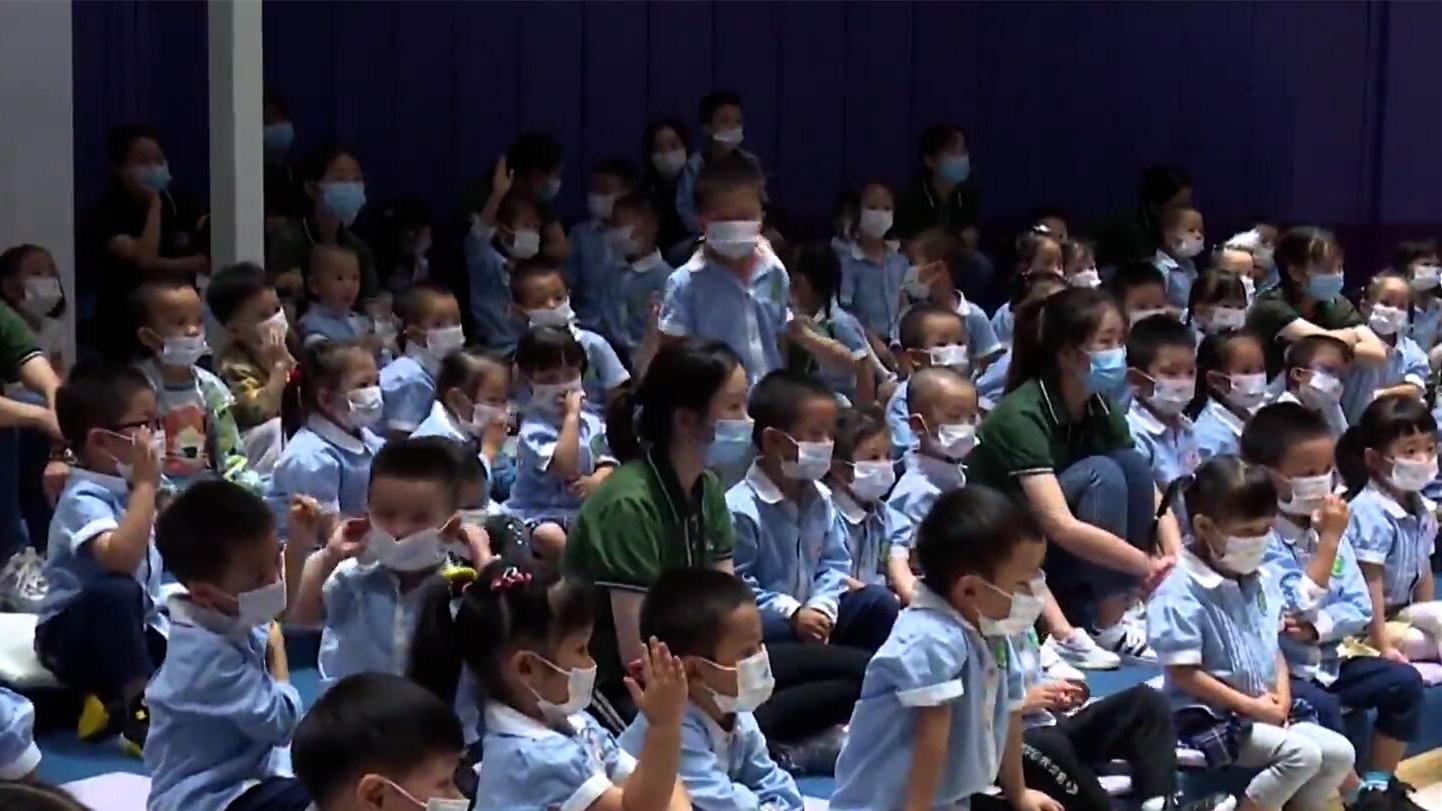 科普实验走进幼儿园 小小乳牙用处大