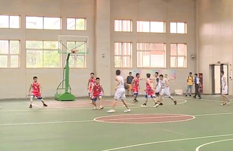 """""""爱成都·迎大运""""成都市第八届全民健身运动会""""合作杯""""男子篮球争霸赛开幕"""
